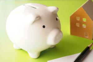 家族葬の費用は安くない!安くする方法や地域最安値の葬儀社の探し方